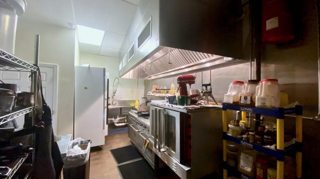 Vantage Commercial 300 Campbell Drive Petra Market 7