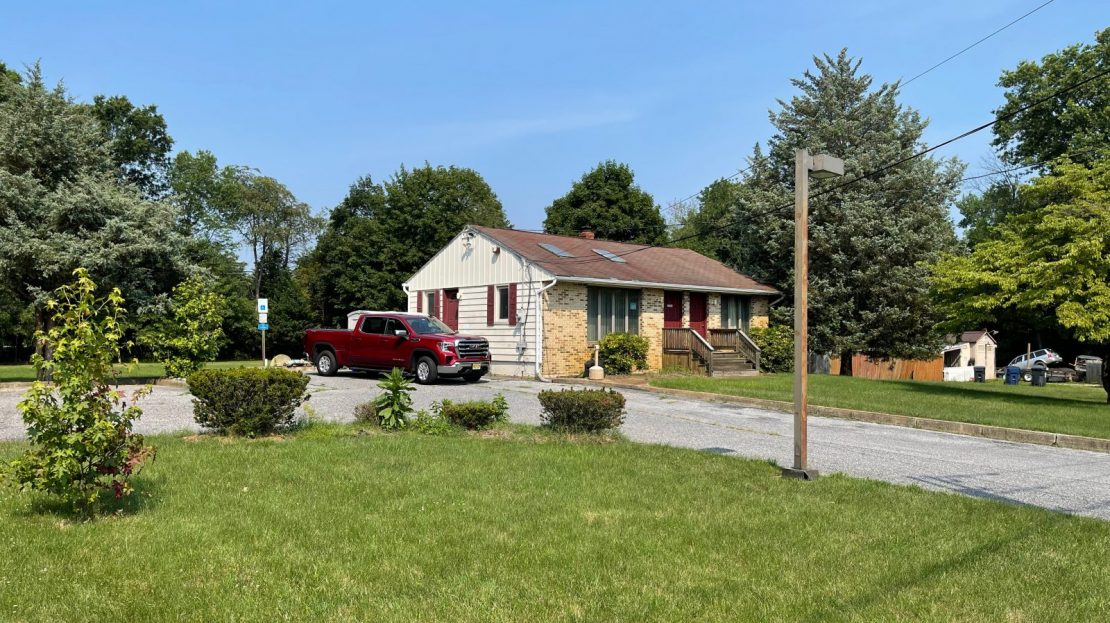 606 South Burnt Mill Road Vantage Commercial
